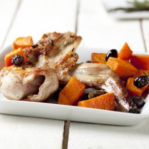 Coniglio con zucca, capperi e olive