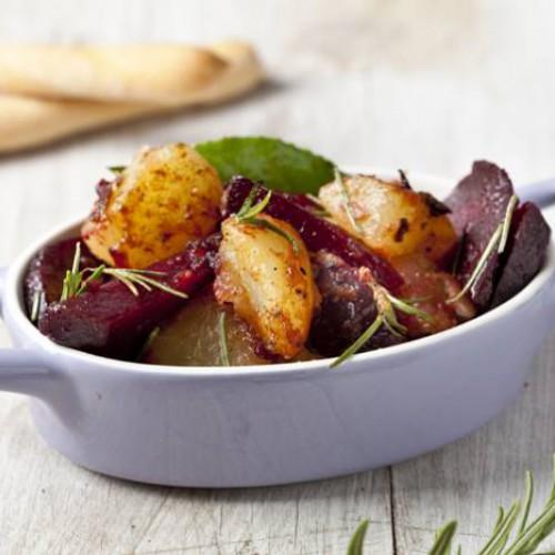 Stufato barbabietole, patate e rosmarino