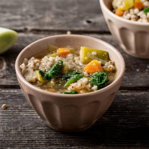 Zuppa di porri grano saraceno e costine