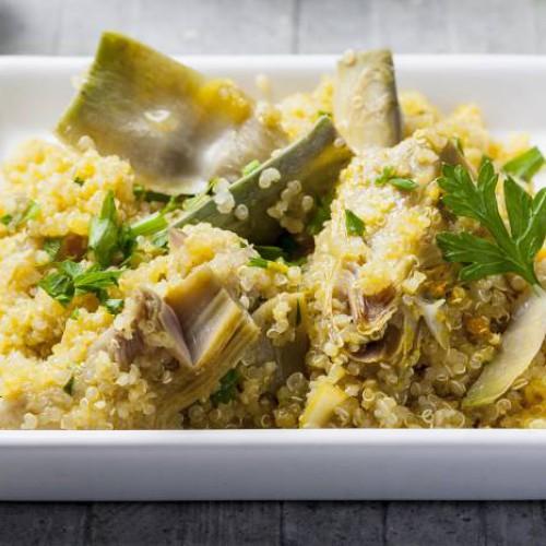 Quinoa saltata con carciofi
