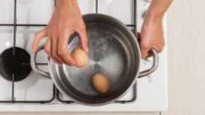cuocere le uova